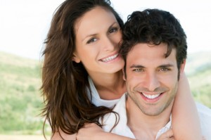 ThinkstockPhotos-Couple with Veneers
